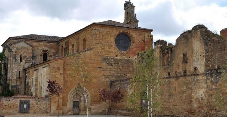 Monasterio de Santa María de Sandoval -